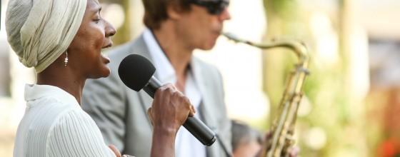 Sandra Blake & SOUNDSYNDICATE
