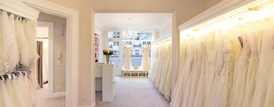 feminin Braut- & Abendmode